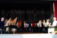 Die Veeh-Harfengruppe bei einem Auftritt.