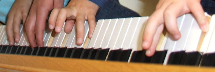 Gemeinsames Musizieren steht bei den Tastenkindern im Vordergrund